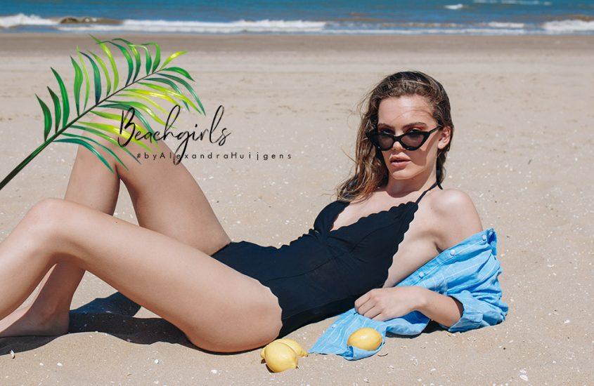 Beach Girls - fotografie by Alexandra Huijgens - asseenbyalex.com